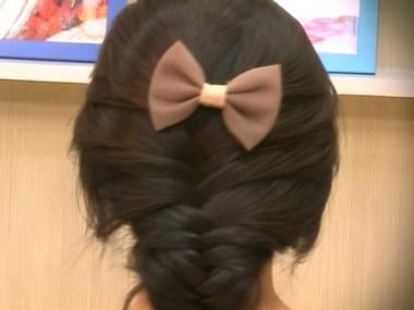 韩式编发发型扎法步骤教程